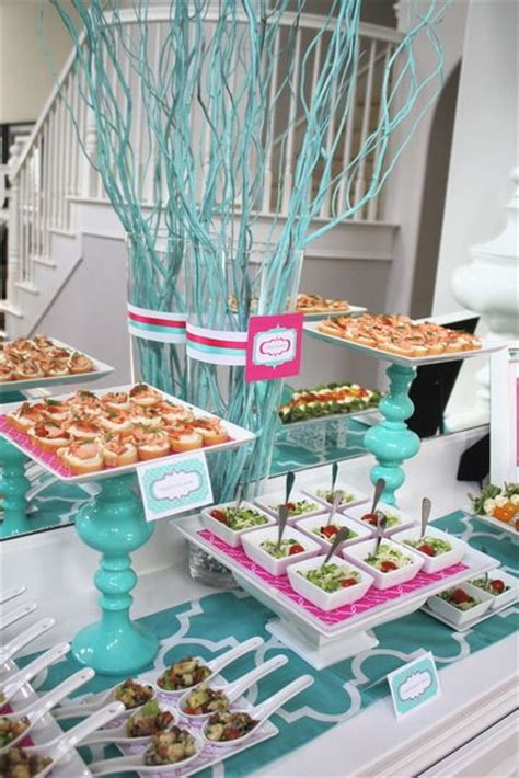 bridal shower themes and ideas for summer 2018
