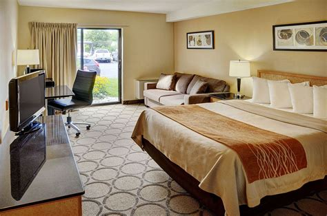west ottawa home comfort book comfort inn ottawa west kanata ottawa hotel deals