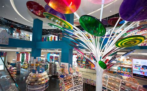 Tara Floor Plan Dylan Lauren Opens New Dylan S Candy Bar In Chicago