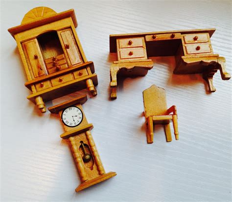 Where To Buy Dollhouse Furniture by Lot Of 4 Wooden Dollhouse Pieces Of Furniture Haute Juice