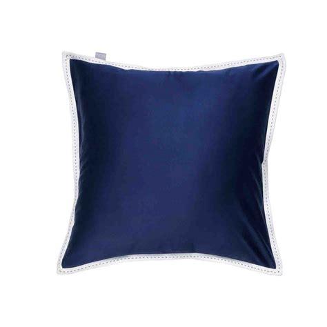 coussin satin coussin d 233 co bleu satin pierrot par home concept