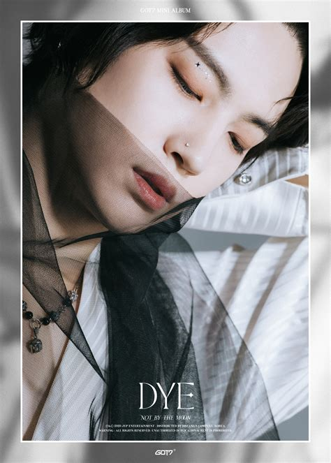 berkilauan  foto teaser terbaru dye koreanindo