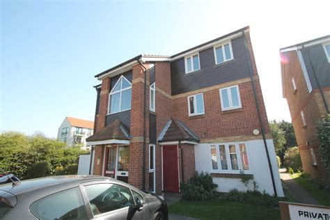 one bedroom flats to rent in chelmsford martin co chelmsford 1 bedroom flat to rent in pearce
