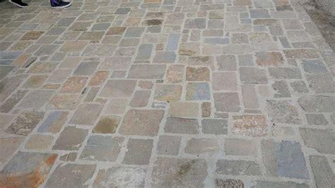 pavimento in pietra murature in pietra di langa muri in pietre di langa