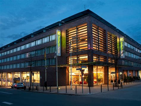holliday inn essen inn express essen city centre ihg hotel