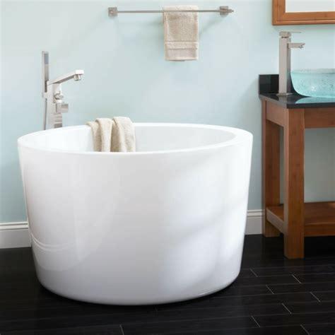 badewannen kleines bad 20 runde badewanne designs die das bad in ein paredies