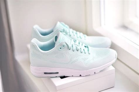 Nike Air Max Tosca shoes nike air max 1 ultra moire fiberglass mint nike