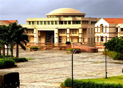 Birla Institute Of Management Technology Mba Eligibility by Birla Institute Of Technology And Science Bits Pilani