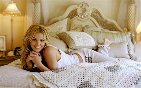 hot girl in bed britney spears wallpaper
