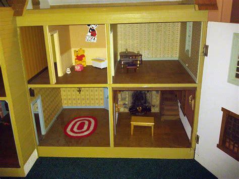Handmade Dollhouses - best way to sell a 1970s handmade dollhouse the ebay