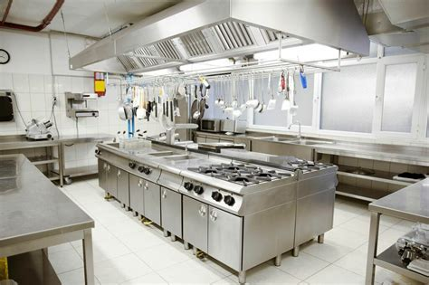 Kitchen Design Checklist by Restaurant Kitchen 101 The Right Worktables And Proper
