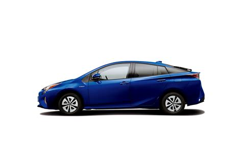 Toyota Camry Average Mpg 2016 Toyota Prius Expected To Average 2 5 L 100 Km Or 94