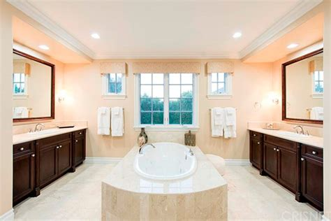 kris jenner bathroom kris jenner house purchase the reality tv star takes a gamble buying another