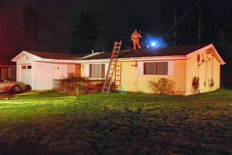 bad wiring in house bad wiring causes house fire in kent www kirotv com