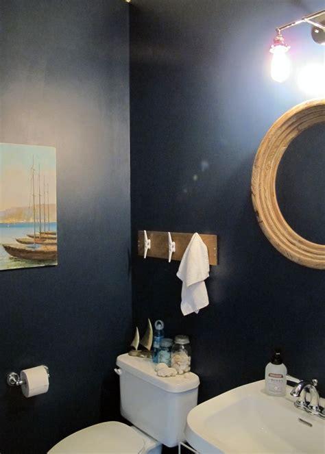 Nautical Themed Half Bath Makeover ? Tag & Tibby