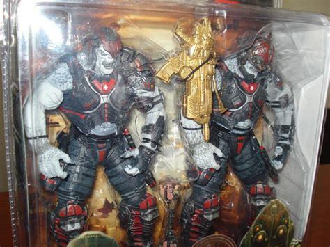 Neca Gears Of Wars 2 Locust Hive Set locust drone locust sniper gears of war 2 neca toys 180 r us