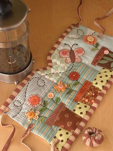Patchwork Pottery - garden press cozy no more cold tea in my