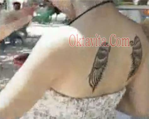tato sayap di punggung tato dara the virgin sayap bidadari oktavita com
