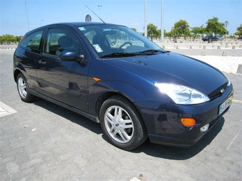 Ford Focus 2001 by 2001 Ford Focus Pictures Cargurus