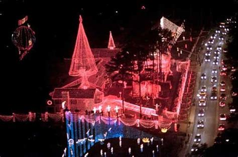 lights in rock ar how the osborne family spectacle of lights made