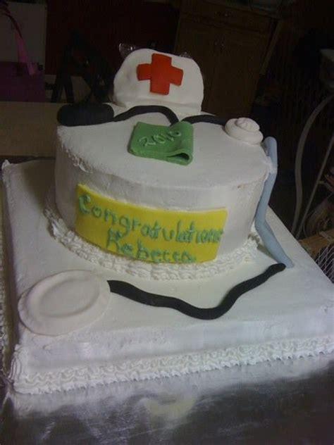 doodlebug cakes doodlebug delectable cakes s nursing graduation cake