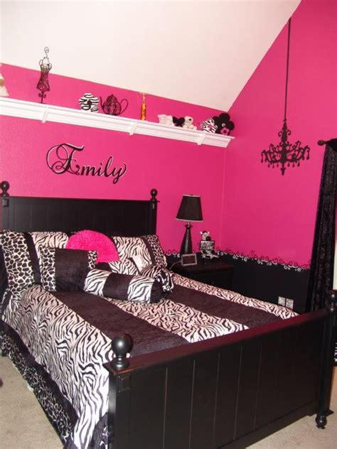 Pink And Black Bedroom Decorating Ideas by Pink And Black Zebra Bedroom Room