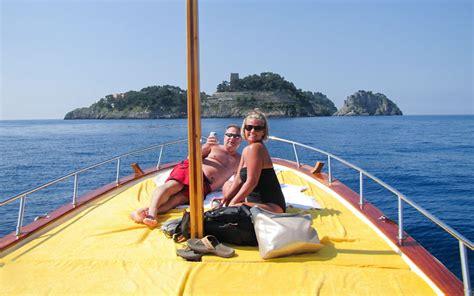 boat trip positano amalfi positano boat tours excursions by sea capri