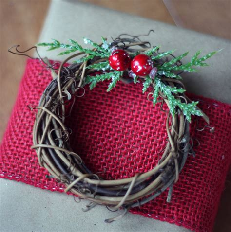 how to wrap a present how to wrap a present decorates