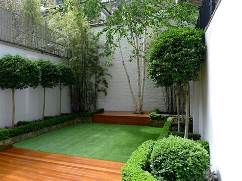 artificial turf  decking  perfect combination