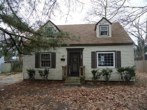 Houses For Sale In Newport 219 pine ave newport news va 23607 reo home details foreclosure homes free foreclosure