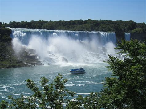 A Place Falls 5 Great Things To Do In Canada We The World