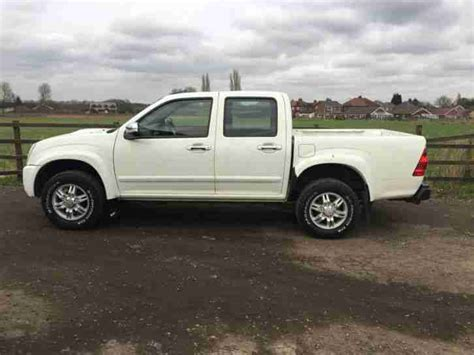 Isuzu Rodeo Truck Isuzu 2010 Tf Rodeo Denver Td D C White Spares Or