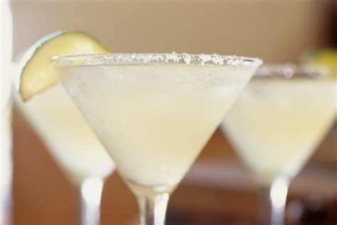 classic summer cocktails the cadillac margarita it deserves only the best tequila