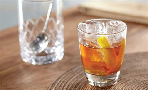 classic old fashioned cocktail drink recipes how to make an old fashioned classic