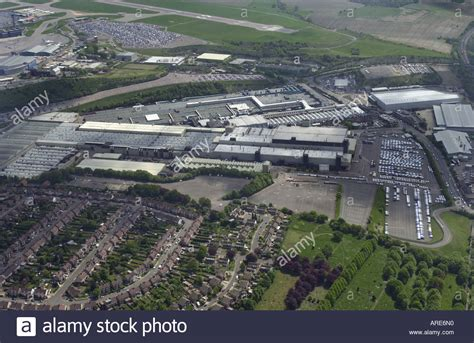 vauxhall luton aerial view of vauxhall s plant in luton with luton