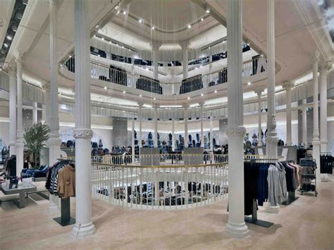 home design stores rome zara flagship store via del corso rome 08 187 retail design blog