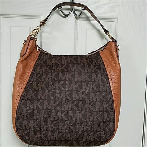 Tas Michael Kors Authentic Michael Kors Shoulder Bag 14 michael kors handbags authentic michael kors leather shoulder bag purse from maura s