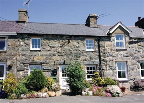 Cottage Hire Wales wales friendly cottage in criccieth brook