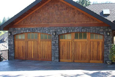 Garage Door Wood Trim by Wood Garage Doors Repair And Install Toronto And Gta