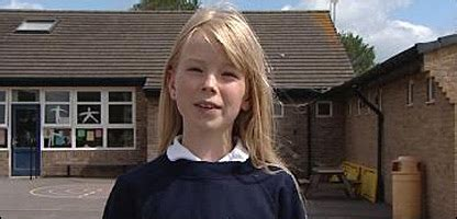 molly warner school reporter books cbbc newsround press pack reports i tried out my new