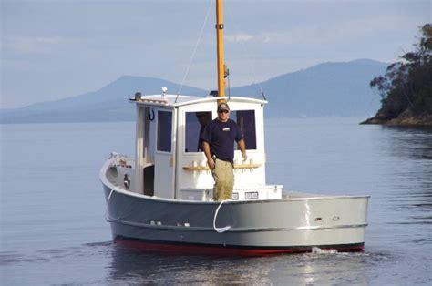 devlin boats olympia wa a large pro sine inverter provides le 110 volt power