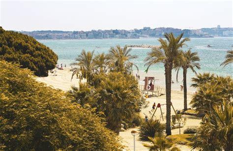 vacaciones en cambrils salou costa dorada apartamentos pins platja