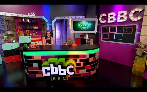cbbc channel new logo for 2016 out with the green