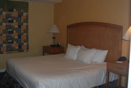 2 bedroom hotel suites in daytona beach ocean walk resort 1 bedroom suite
