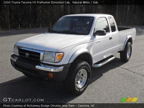 2000 Toyota Tacoma V6 White 2000 Toyota Tacoma V6 Prerunner Extended