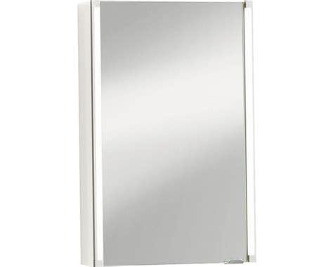 spiegelschrank hornbach spiegelschrank fackelmann led line wei 223 1 trg 42 5x67 cm