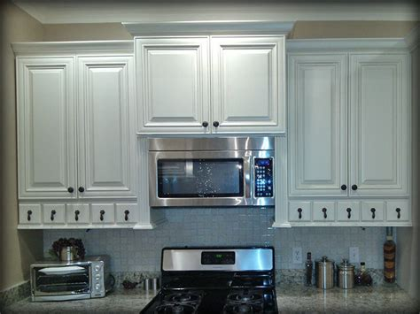 charleston antique white cabinets charleston antique white kitchen cabinets by