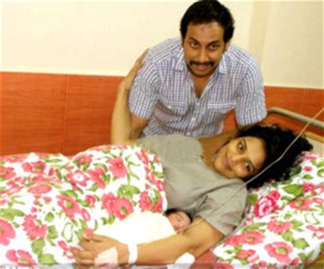 swetha menon delivers baby for swetha menon baby