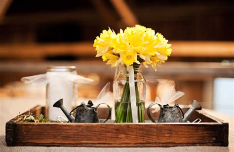 rustic wedding centerpieces on a budget barn wedding on a budget rustic wedding chic