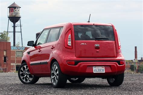 How Much Does A 2013 Kia Soul Cost 2013 Kia Soul 2 0l Autoblog